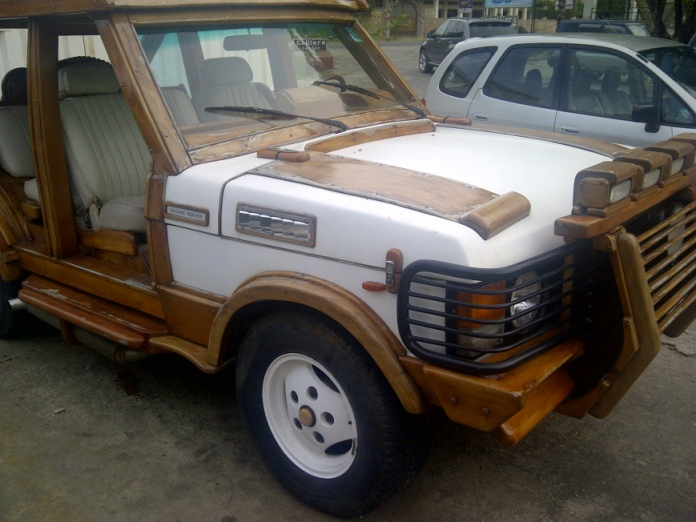Image result for Artist Made A Range Rover Out Of Wood And It's Too Perfect