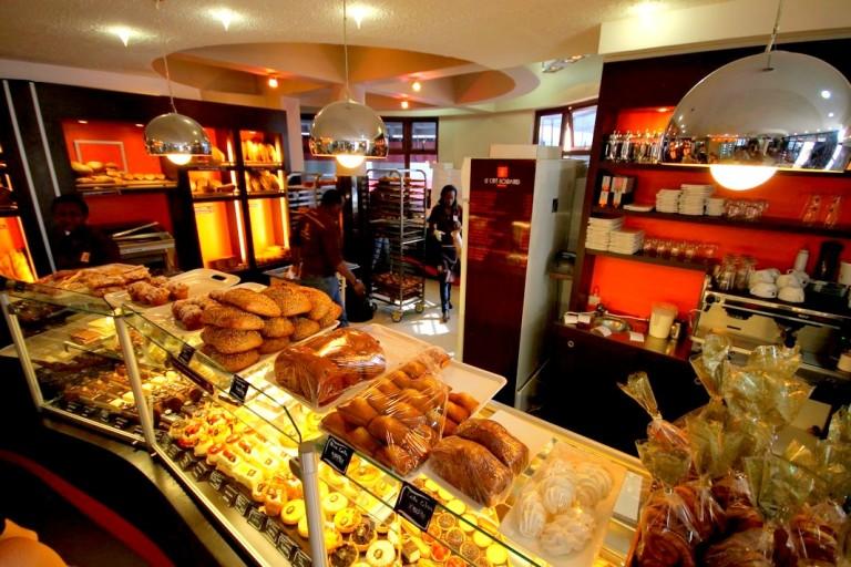 4 Cafe Gourmand Bujumbura Akinyi Adongo