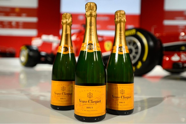 veuve_clicquot_and_ferrari_an_alliance_of_excellence_1110x740