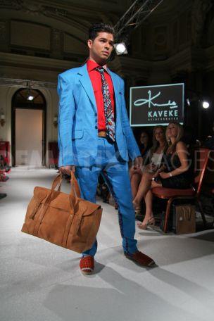 London fashion Week 2011 Sandstorm Bag
