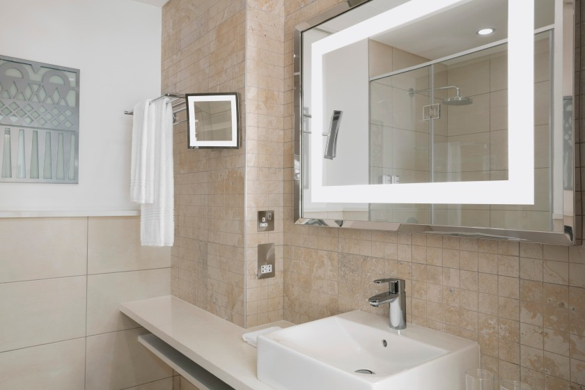 19 Four Points By Sheraton Nairobi Airport 31 Hotels in 31 Days Akinyi Adongo Traditional Room Bathroom